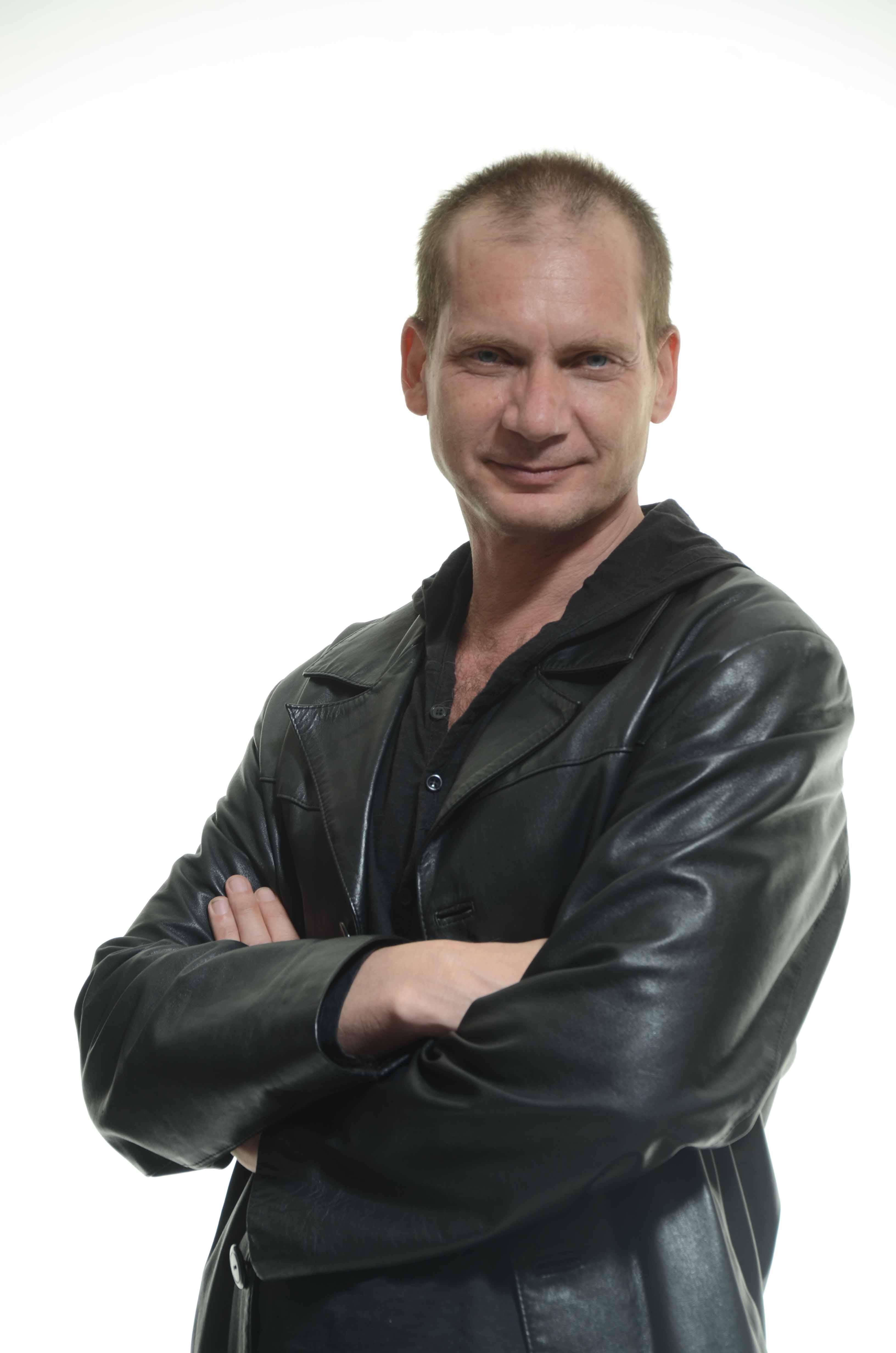 Antonio Álamo, director y autor de la adaptación teatral de 'El pintor de batallas'.