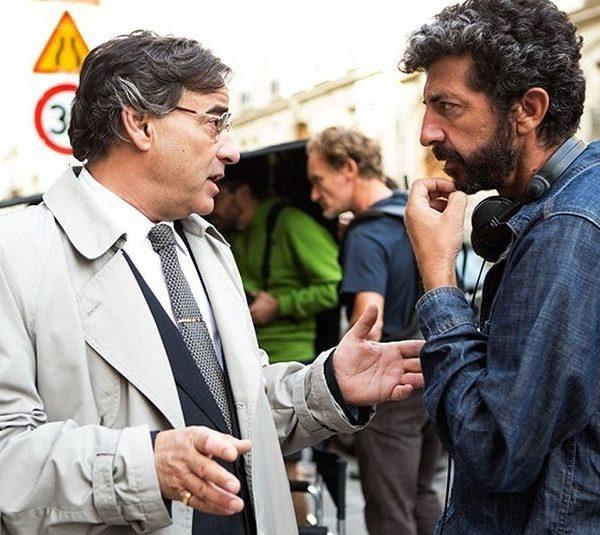 Alberto Rodríguez dirige El hombre de las mil caras