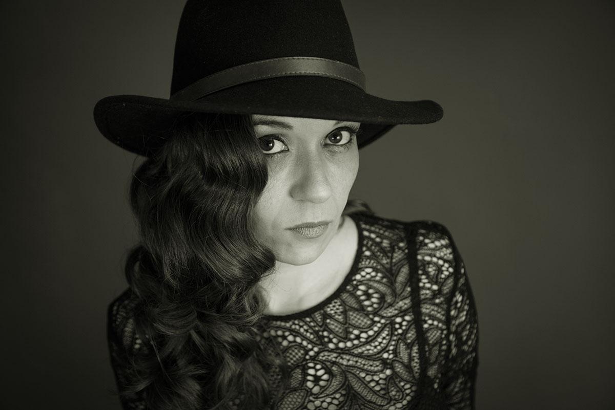 Rocío Hellín: flamenca sin medias tintas.